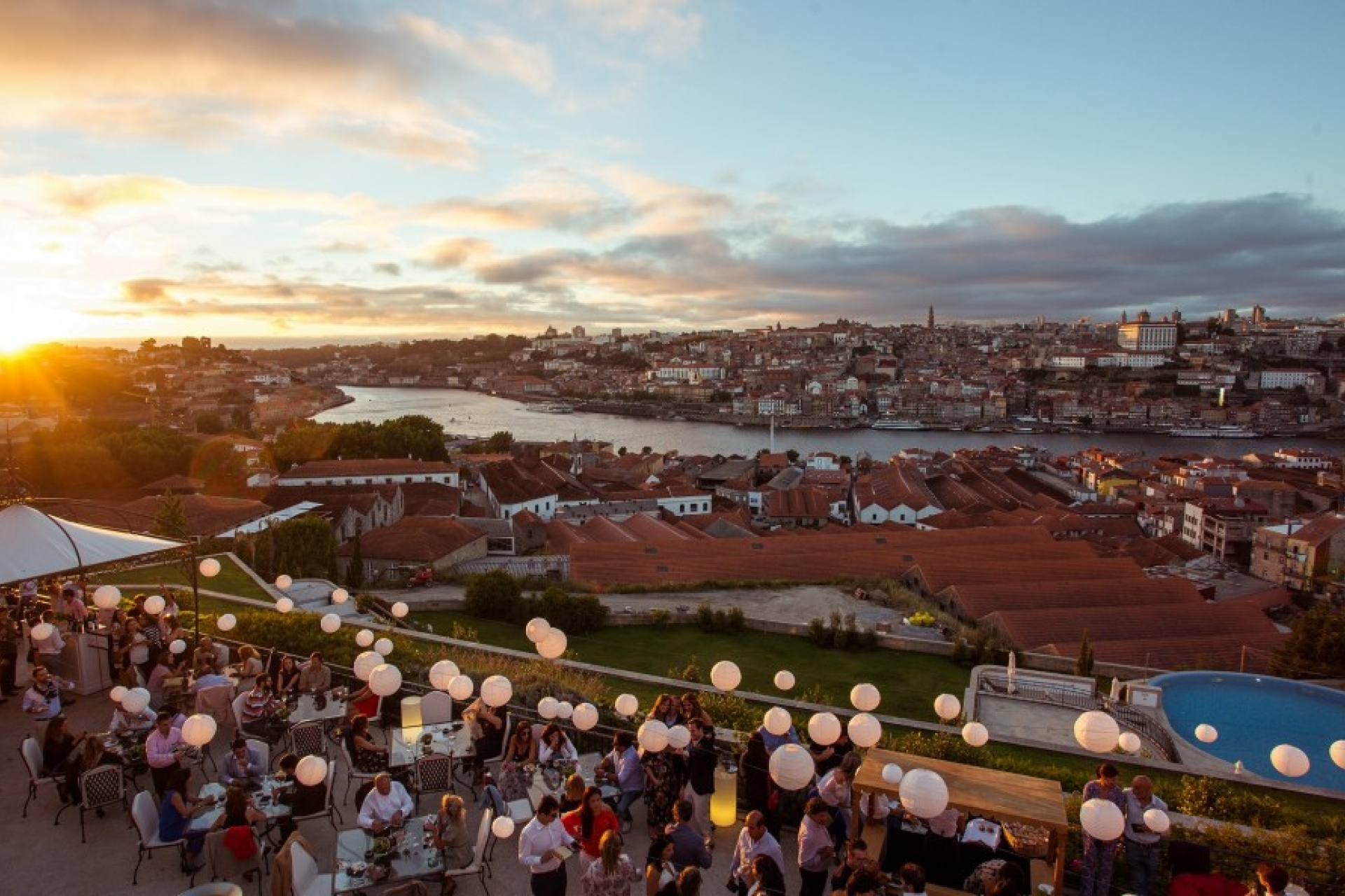 PortoCool_Blog_Sunset_Wine_Parties_no_The_Yeatman