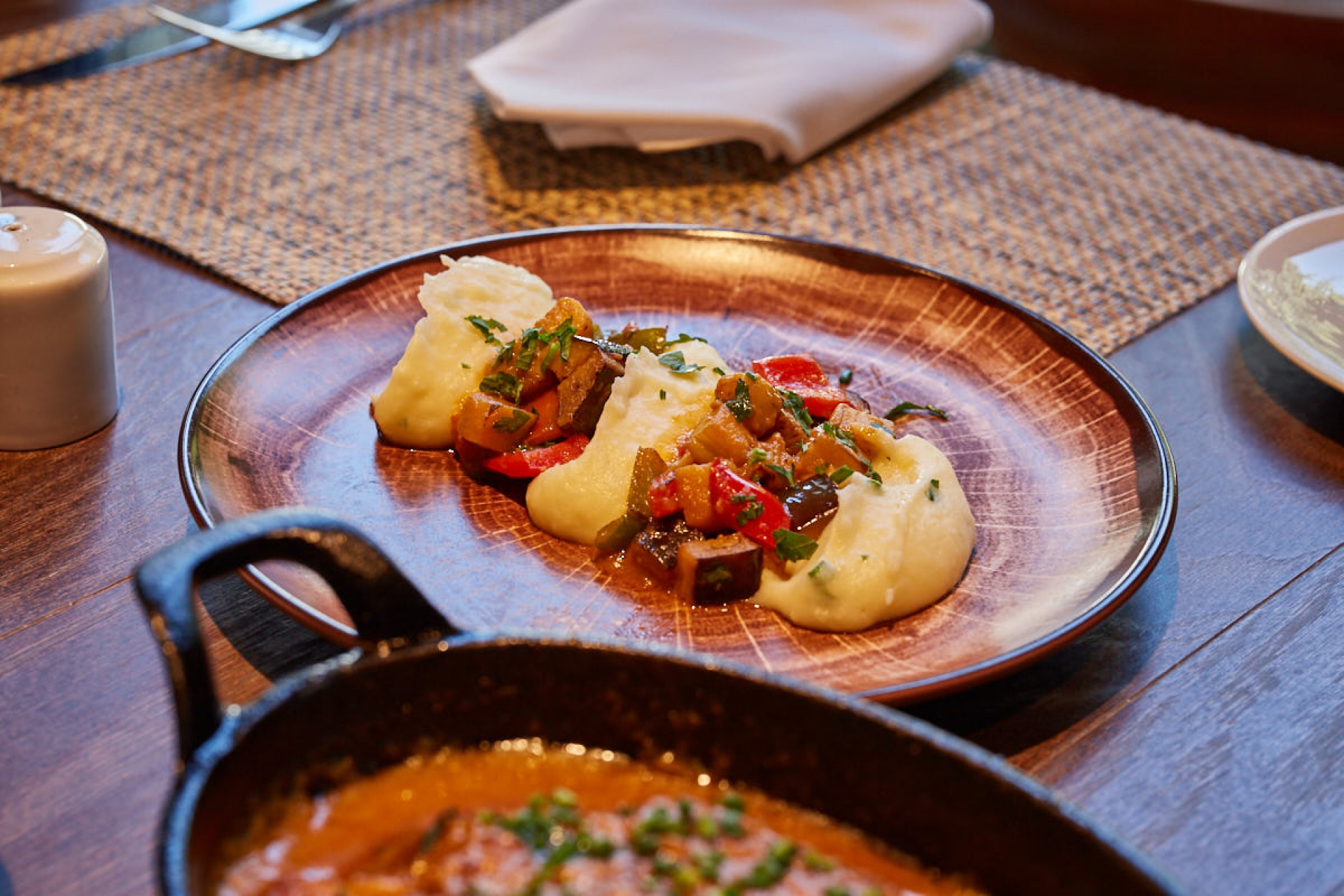 PortoCool_Comer_SOMOS - Restaurant & Lounge